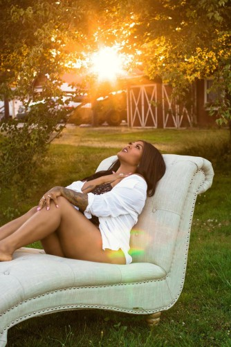 Outdoor Boudoir Sunray